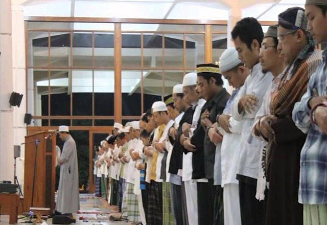 Bacaan Doa Iftitah yang Benar Sesuai Sunnah (LENGKAP)