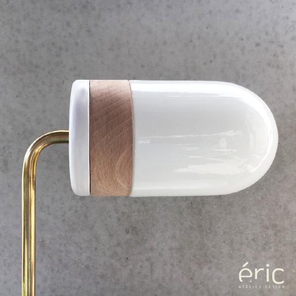 """Lampe de création """"Glob"""" - laiton et chêne massif - Eric Atelier Design"""