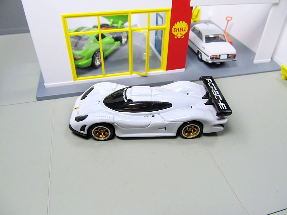 hot wheels speed machines porsche. Black Bedroom Furniture Sets. Home Design Ideas