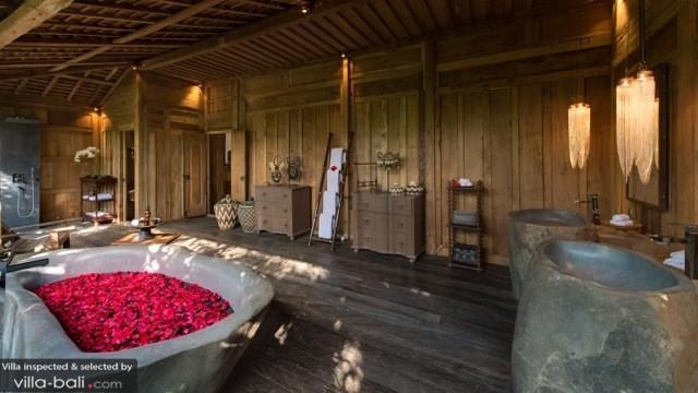 Luxury Bali Villa Bathroom