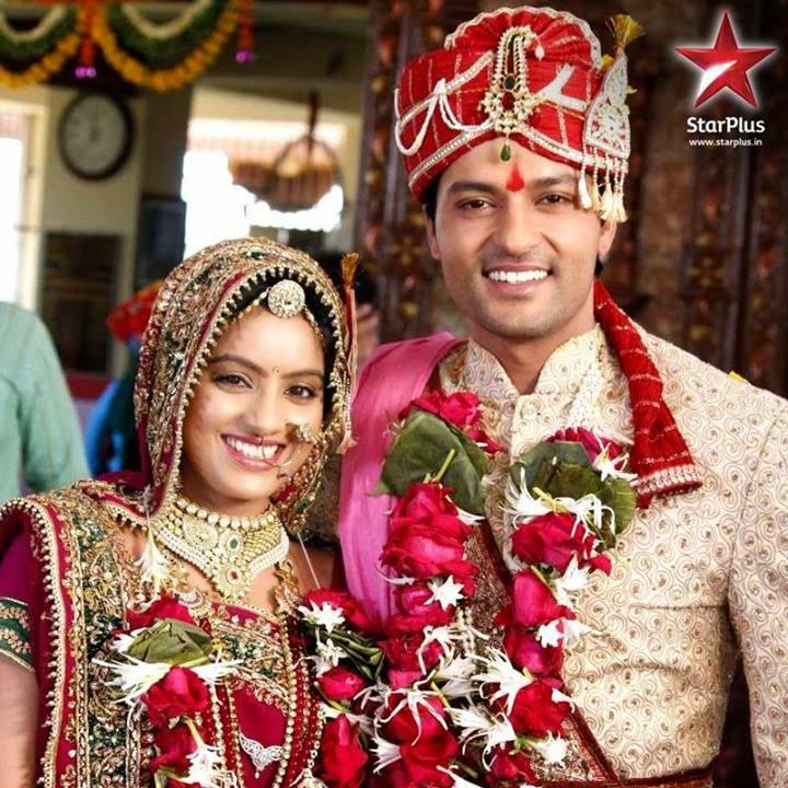 TV Dramas Episode: Urdu 1 Drama Diya Aur Baati Hum Full