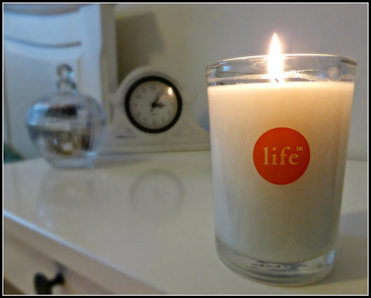 Saturday Scents - Life NK Mandarin and Grapefruit Candle