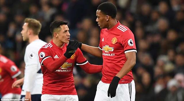 """MU loạn vì Sanchez: Pogba giận dỗi, Martial nổi điên với """"tân binh"""" 3"""