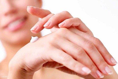 Crème naturelle pour les mains sèches