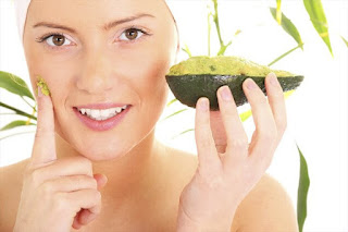 benefits and uses of avocado for skin, hair, health and helps reduce wrinkles