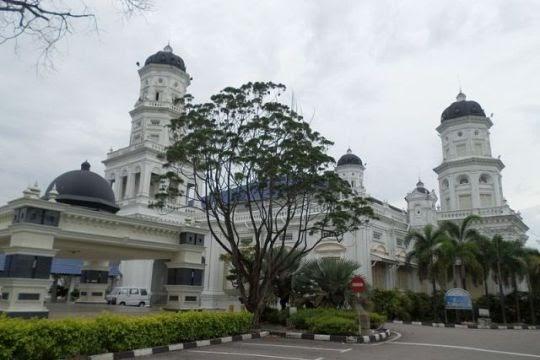Masjid Negeri Sultan Abu Bakar, Johor Bahru