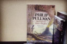 Resensi Buku Philip Pullman: The Firework-Maker's Daughter