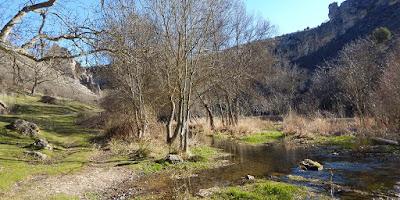 Al cañón del Río Dulce, con el grupo de senderismo - escapadillas.com