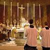 Tata Cara Ibadah Kristen di Gereja Dan Contoh DOA Penutup