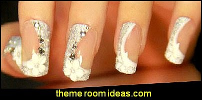Elegant flower Nail Art  Fake nails