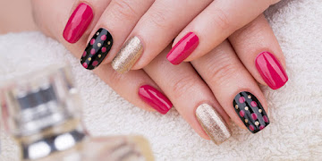 Beautify the Shape of Your Nails With Nail Art!