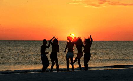 Puisi Tentang Sahabat Sejati Di Dunia Maya