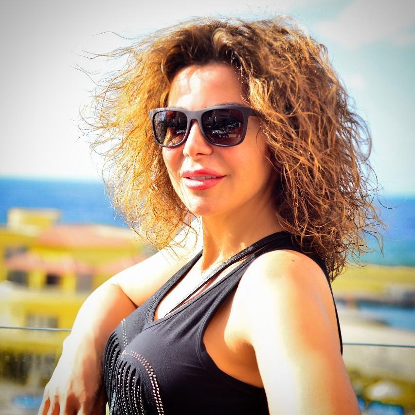 سوزان نجم الدين تطلق قناتها الرسمية على موقع يوتيوب