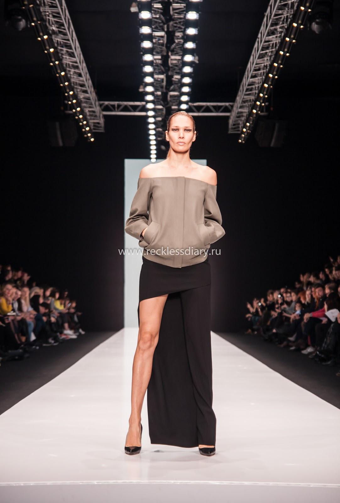 http://www.recklessdiary.ru/2016/10/pyat-samyh-interesnyh-pokazov-na-Mercedes-Benz-Fashion-Week-Russia-vesna-leto-2017.html