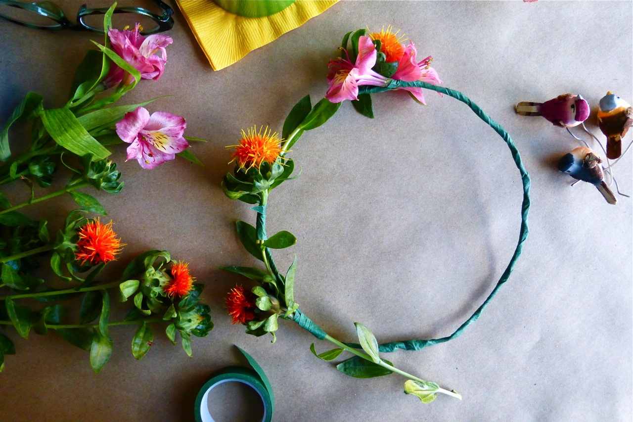 DIY, Do It Yourself, DIY Autumn Floral Crown, floral crown, flower crown, Plum Blossom Autumn Floral Crown, head wreath
