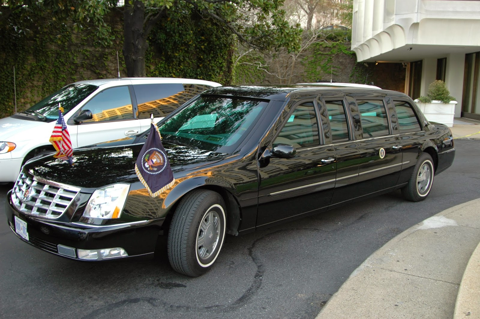 Obama Edition Cadillac One This Is The Car Of Us President Car