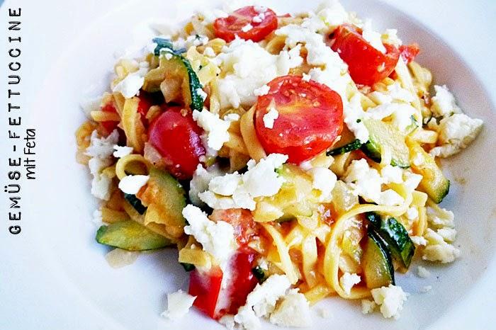 Gemüse-Fettuccine mit Feta