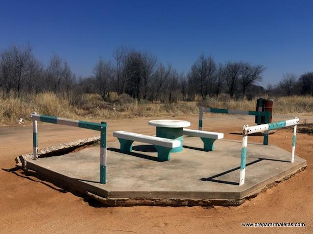 estaciones de servicio en las carreteras de Namibia