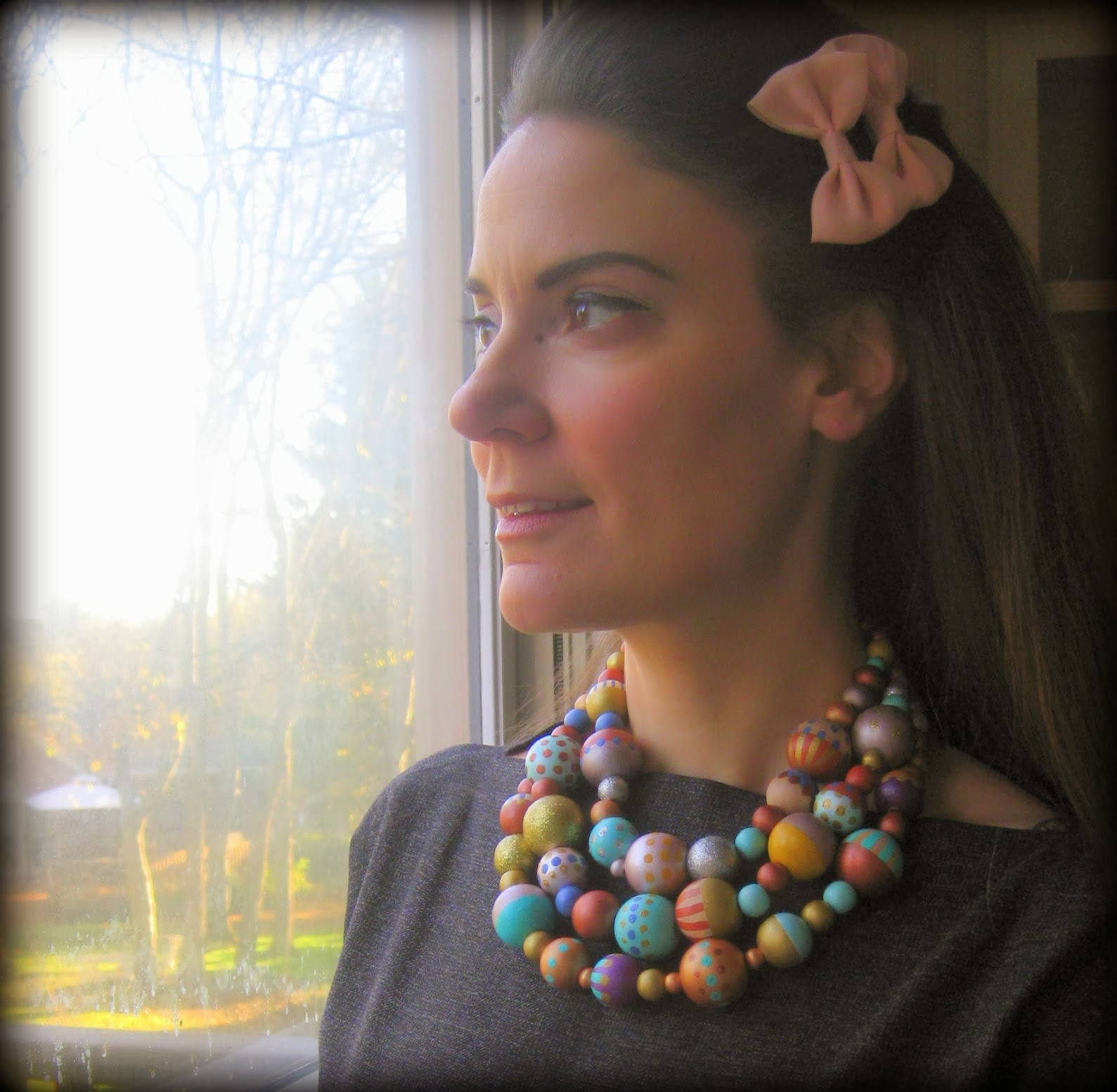 Cassie Stephens: DIY: A Painted Bead Necklace