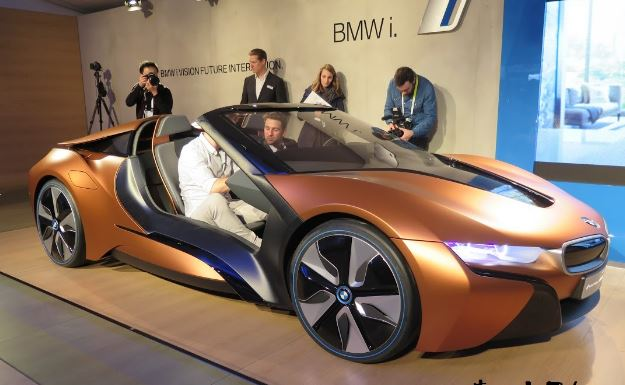 NEW BMW i8 Roadster due in 2018 | new spy shots of convertible i8 Review