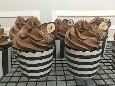 Cupcakes de chocolate com buttercream de nutella