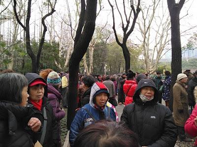 """上海1000多访民在人民公园新年""""开门红""""""""大集访""""(图)"""