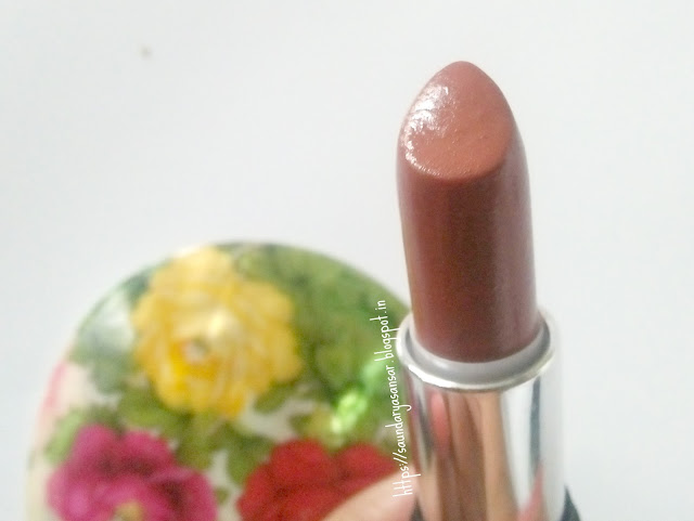 Faces Go Chic Lipsticks- Chestnut Brown and Seude Pink-Review and Swatches