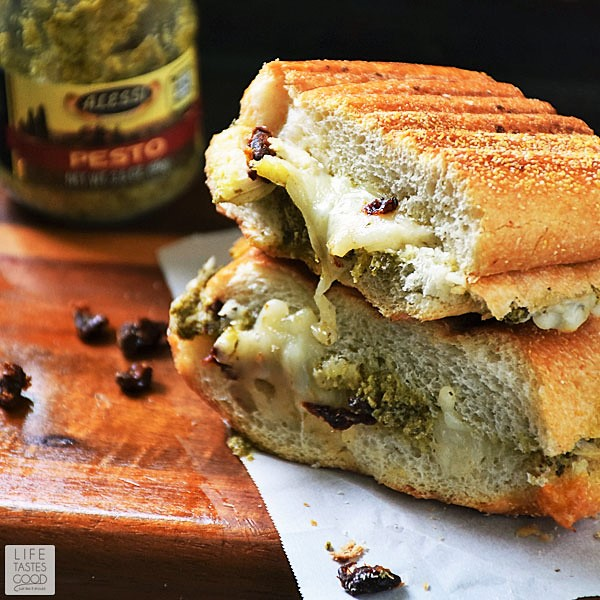 Grilled Turkey Sandwich with pesto and sun dried tomatoes