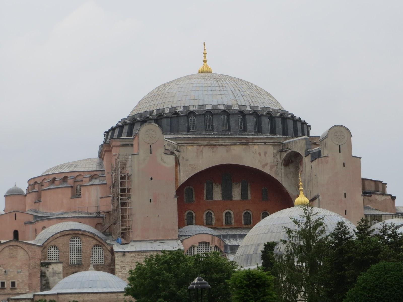 londinoupolis: The Dome in Hagia Sophia, Constantinople