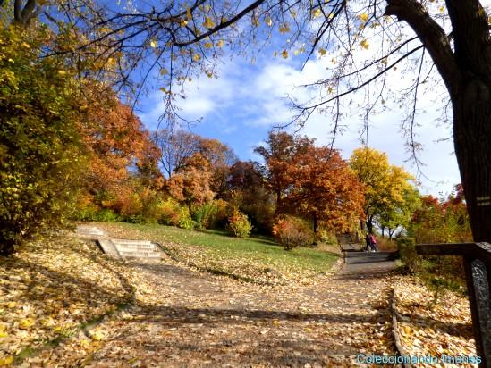 Subiendo a la colina Gellert en otoño