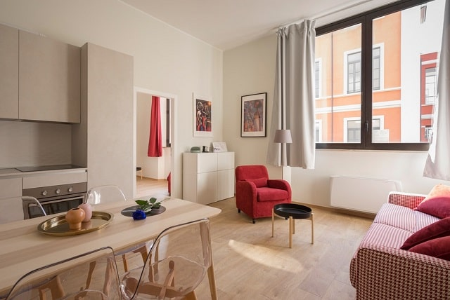 how fully furnished apartment saves money