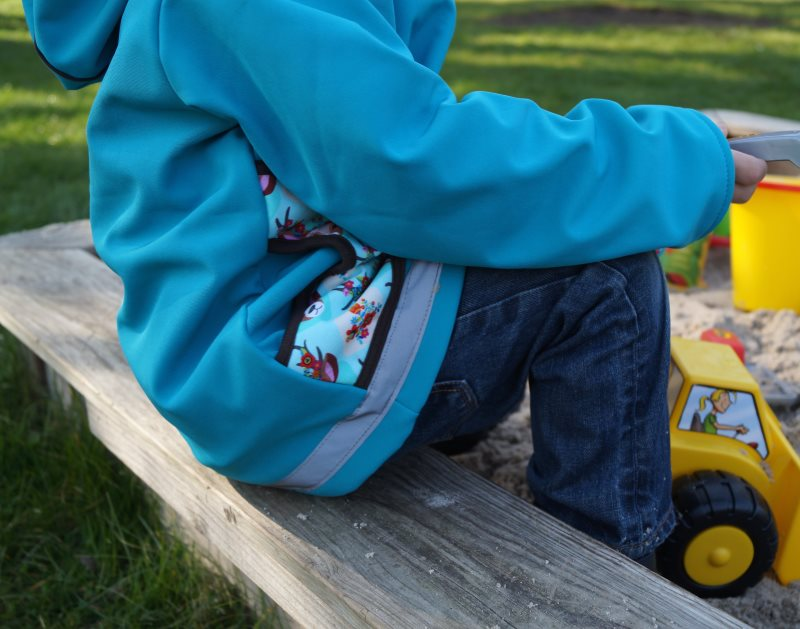 15cf089efa3ce Ein Kindergeburtstag in kunterbunten Babauba-Jacken (+ Verlosung)  Kindermode Kinderkleidung Label Kapuzenjacke Hoodie