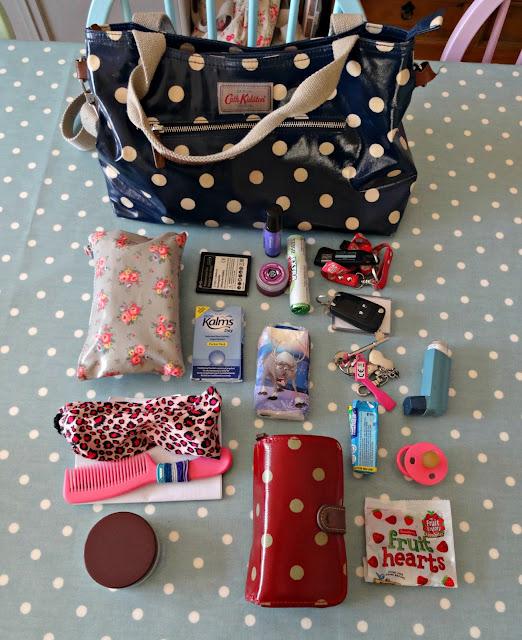 handbag, handbag contents