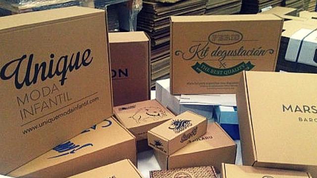 cajas personalizadas para ropa y complementos