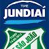 Equipes de futsal masculino e feminino do Time Jundiaí em quadra neste domingo