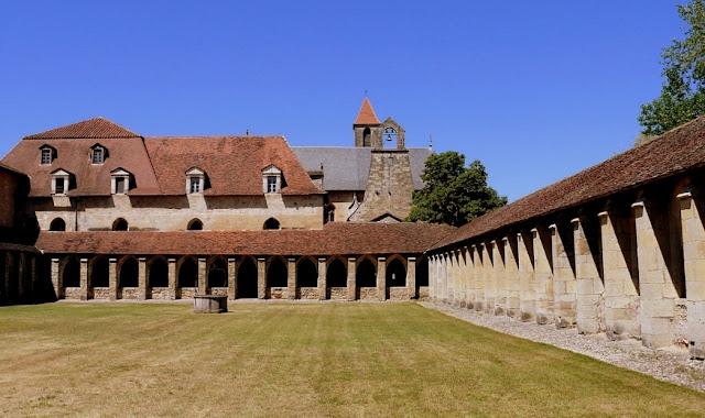 forteresse de najac, bastide, bastides aveyron, gastronomie aveyron, najac, villeneuve de rouergue, francheville de rouergue,