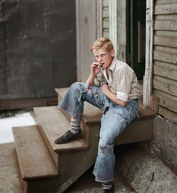 28 Realistically Colorized Historical Photos Make the Past Seem Incredibly Alive - Baltimore Slums, 1938