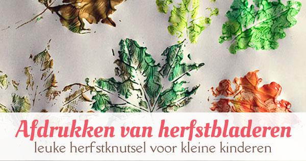 Afdrukken van herfstbladeren - leuke herfstknutsel voor kleine kinderen