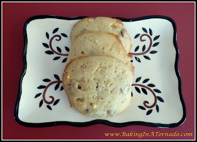 Orange Liqueur Holiday Cookies | www.BakingInATornado.com | #recipe #cookies
