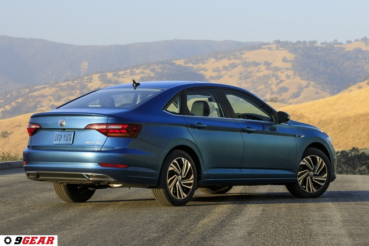 all new 2019 vw jetta raises the bar in the compact sedan class car reviews new car pictures. Black Bedroom Furniture Sets. Home Design Ideas