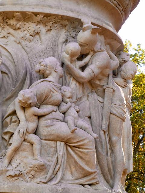 Detalle del munumento a la reina Luisa en Tiergarten