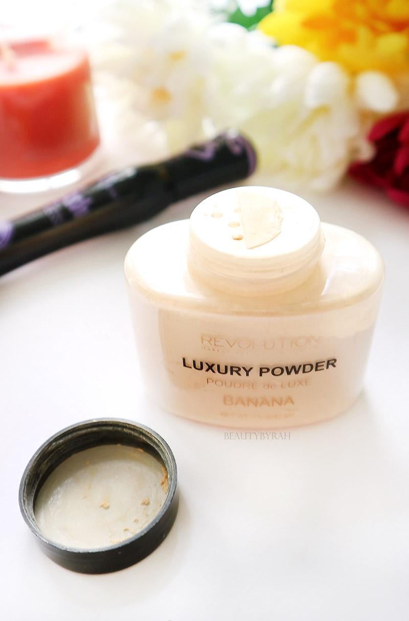 Makeup Revolution Banana Luxury Powder Review