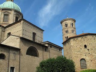 Facciata del Duomo di Ravenna