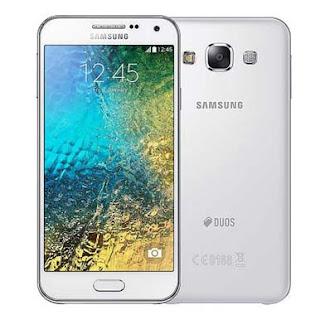 Harga Samsung Galaxy E5 SM-E500, Ponsel Entry Level Dengan Layar Super Amoled