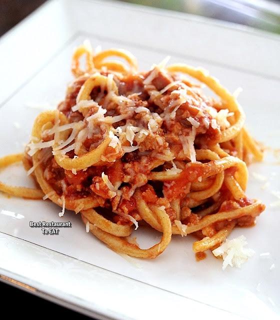 PASSIONE RISTORANTE ITALIANO Menu - Chittara Pasta - Spaghetti Bolognese Pasta