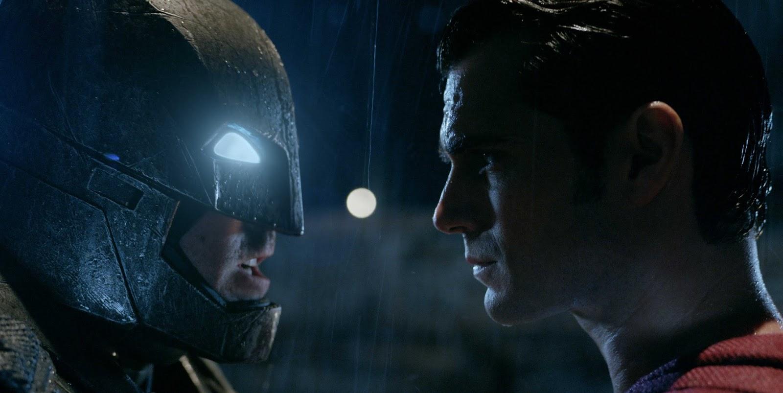Batman Vs Superman: Animação responde de forma hilária quem vence essa luta
