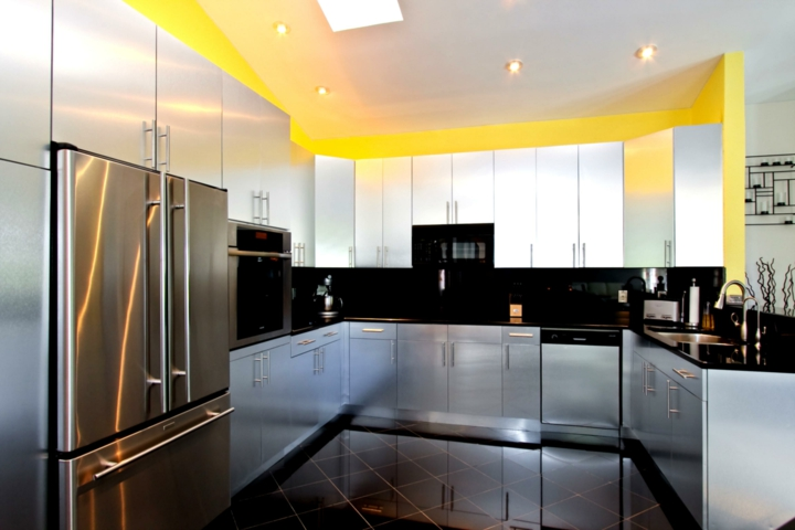 How To Plan For U Kitchen With 20 Design Ideas