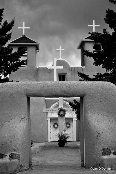 taos nm, francisco de asis church
