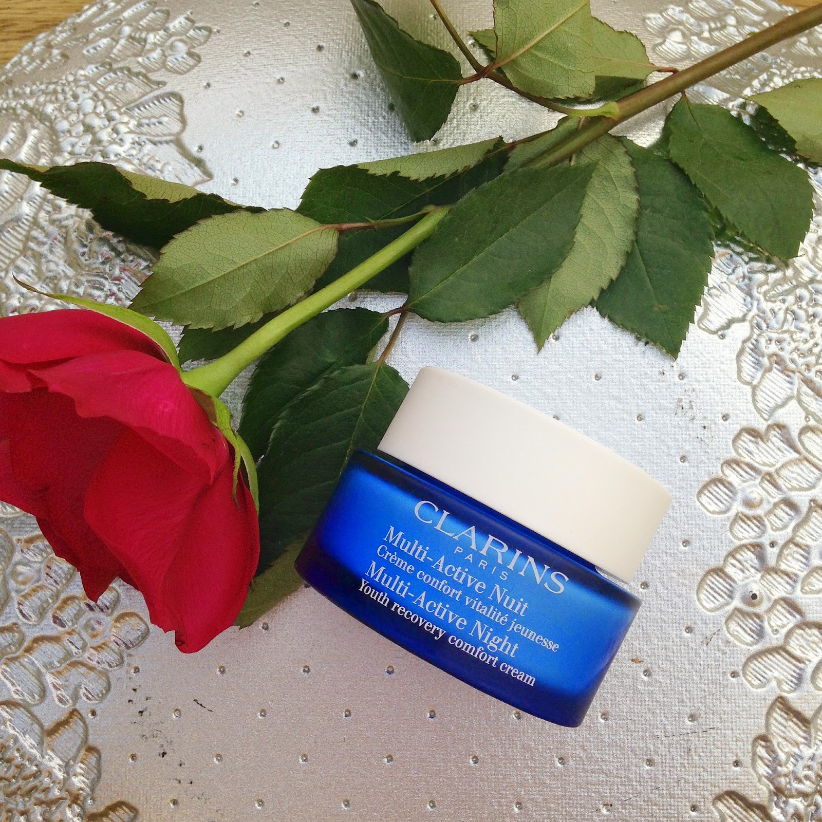 picture of clarins multi active night youth recovery comfort cream