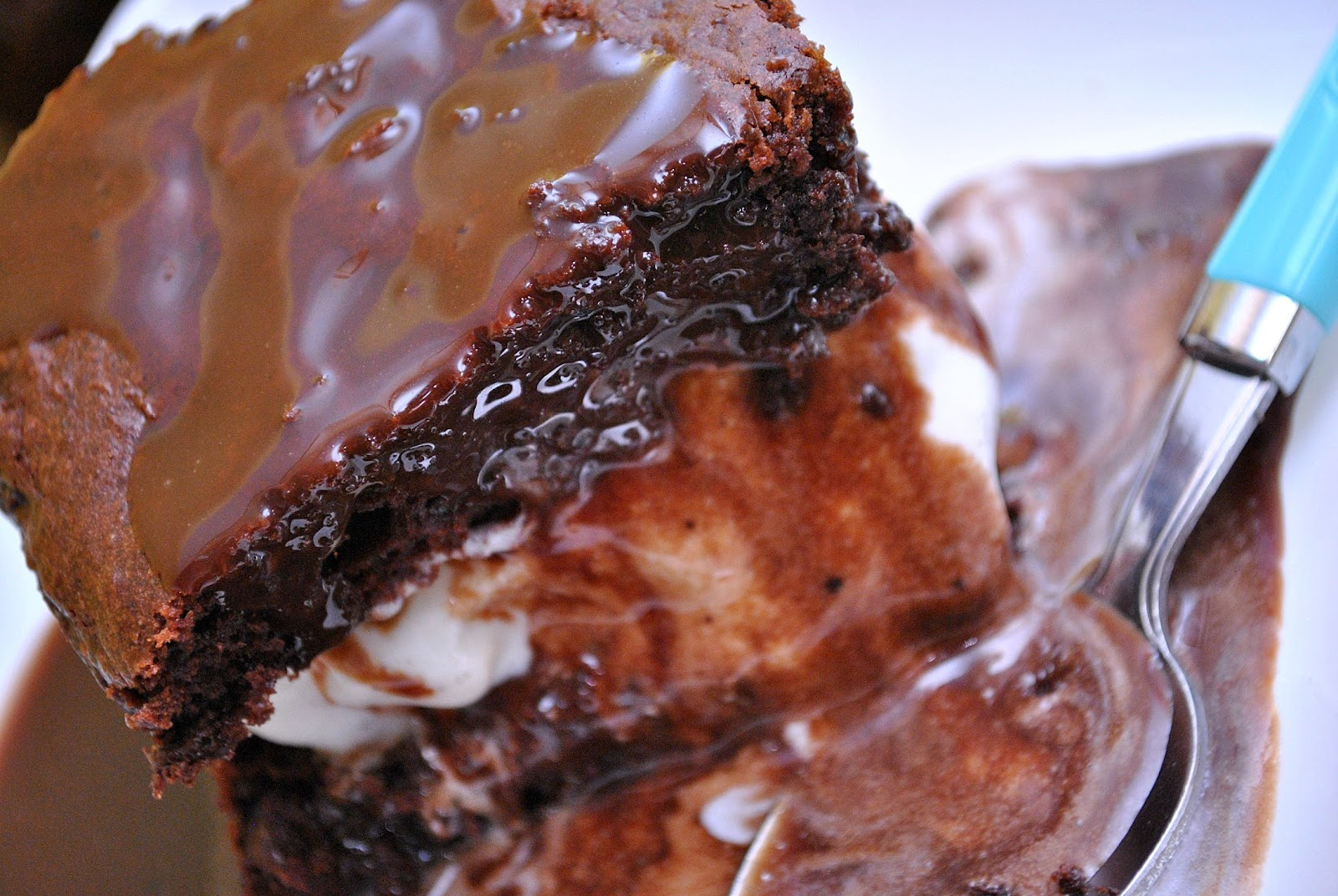 Best Hot Fudge Sauce & Hot Fudge Sundae Cakes - Something Swanky